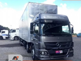 Caminhões- veículos - aviões - retroescavadeira-vans