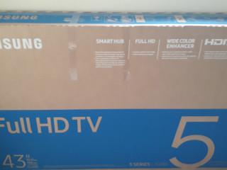 Oportunidade única TV smart samsung led 43 polegadas