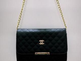 Vendo lindas bolsas original da Schutz e Chanel