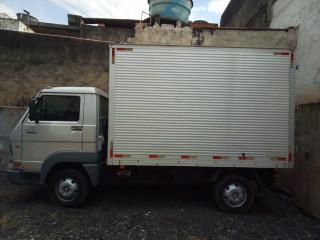 Caminhão Volks Delivery 5140