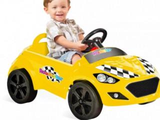 Veículo a pedal infantil Roadster - Amarelo Bandeirante