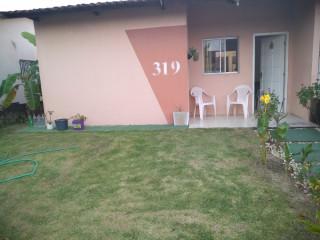 Vendo chave casa no lado da sombra condomínio fechado próximo ao Ceasa