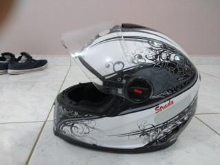 Vendo capacete do hoje 150