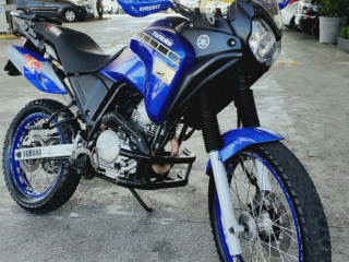 Yamaha Tenere XTZ 250cc troco por carro