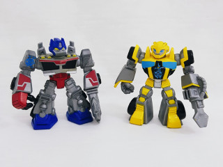 2 Transformers Playskool Heroes Rescue Bots  Optimus Prime e Bumblebee