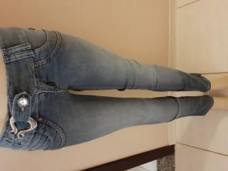 Calça jeans ,