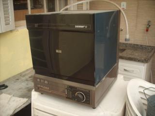 Máquina lava louça