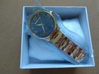 Relógio Feminino Executivo Dourado Luxo Fundo Azul Com Caixa Promoção