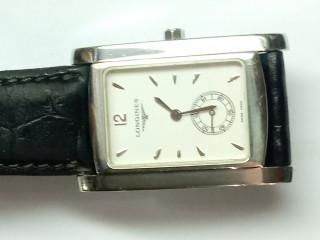 Relógio marca Baume Mercier modelo Hamptor