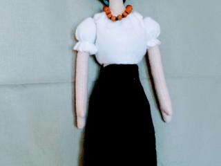Boneca frida com 57 cm