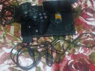Vídeo game PS2 por 250,00 R$ e bom o preço melhor ainda você levar