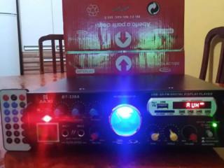 Amplificador karaoke reverberação USB bluetooth rádio auxiliar MP3