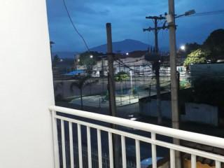 Duplex a venda- 4 quartos sendo 1 suíte com sacada