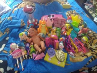 Lote d brinquedos