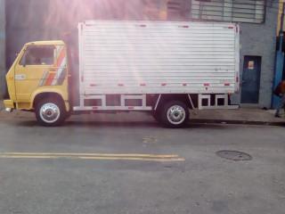 Transportes fretes e mudanças 1196546-3900