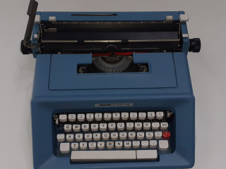 Maquina de escrever olivetti studio 46 relíquias