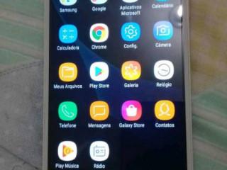 Vendo celular usado em perfeito estado com boas funções e boa bateria