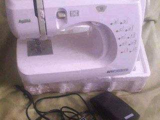 Máquina de costura agilitá incasa