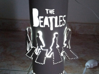 Luminária de Pvc Beatles