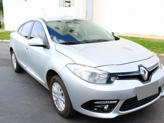 Renault Fluence 2.0 DYNAMIQUE PLUS 16V FLEX 4P AUTOMÁTICO 17/18