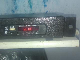 Aparelho de Bluetooth e USB e FM para liga na mesa de som ou recerver.