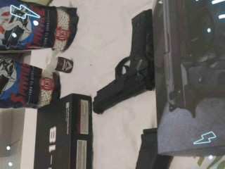 Airsoft GBB Glock-18 e BERETA Full Metal