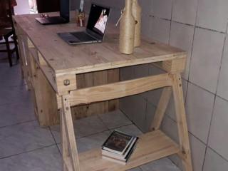 Escrivaninha Rústica Em Pallets