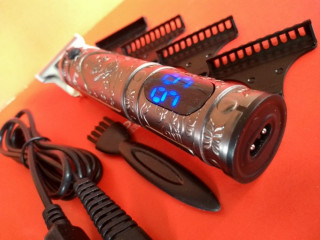Máquina De Cortar Cabelo Elétrico Recarregável Usb Lcd Com Display