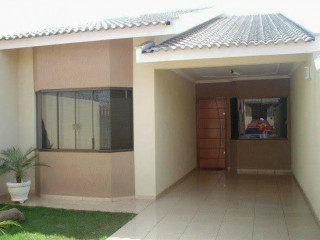 Casas + apartamentos
