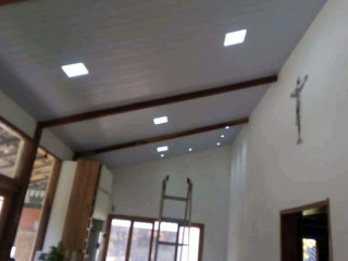 Forro PVC térmico ajuda a eliminar o calor e Respingos