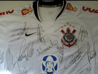 Camisa do Corinthians oficial e autografada!