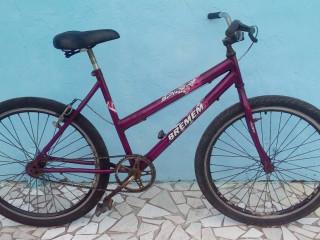 01 Bike Roxa Feminina Aro26 Baixo. Somente Freio Traseiro. Guarujá